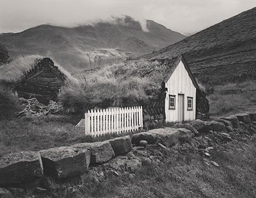 Iceland Farmhouse © Stuart Clugston